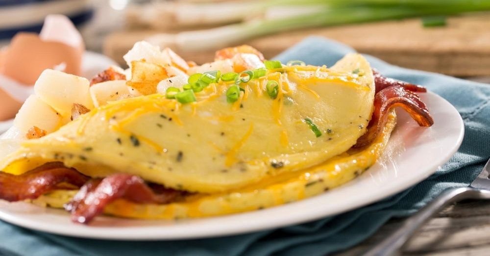 Ham, Cheddar, and Chives Omelet