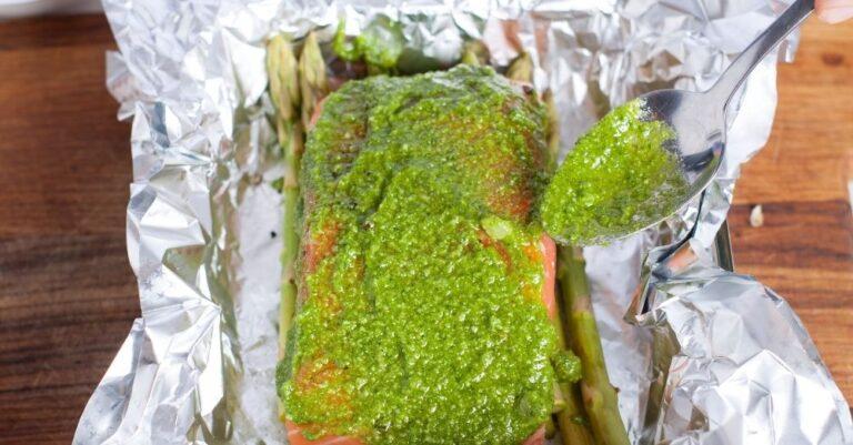 Grilled Pesto Salmon with Asparagus